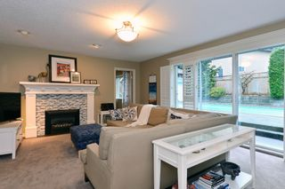 """Photo 8: 2002 127A Street in Surrey: Crescent Bch Ocean Pk. House for sale in """"Ocean Park"""" (South Surrey White Rock)  : MLS®# R2145477"""