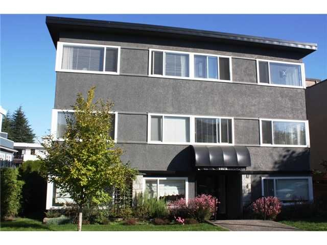"Main Photo: 203 1075 W 13TH Avenue in Vancouver: Fairview VW Condo for sale in ""MARIE COURT"" (Vancouver West)  : MLS®# V852821"