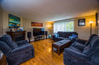 Photo 5: 5300 GRAVES Road in Prince George: North Blackburn House for sale (PG City South East (Zone 75))  : MLS®# R2620046