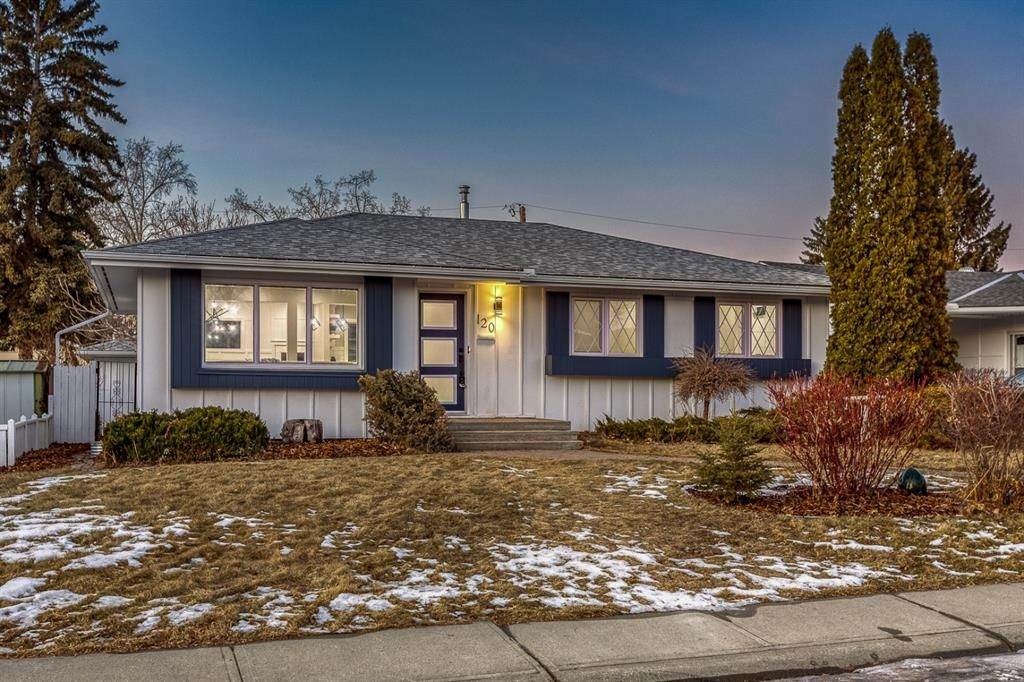 Main Photo: 120 Maple Court Crescent SE in Calgary: Maple Ridge Detached for sale : MLS®# A1054550
