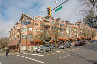 """Photo 23: 404 305 LONSDALE Avenue in North Vancouver: Lower Lonsdale Condo for sale in """"The Met"""" : MLS®# R2491734"""