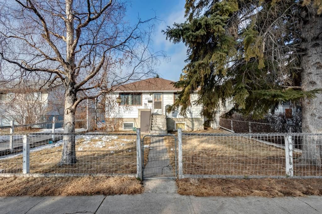 Main Photo: 1527 42 Street SE in Calgary: Forest Lawn Detached for sale : MLS®# A1079125
