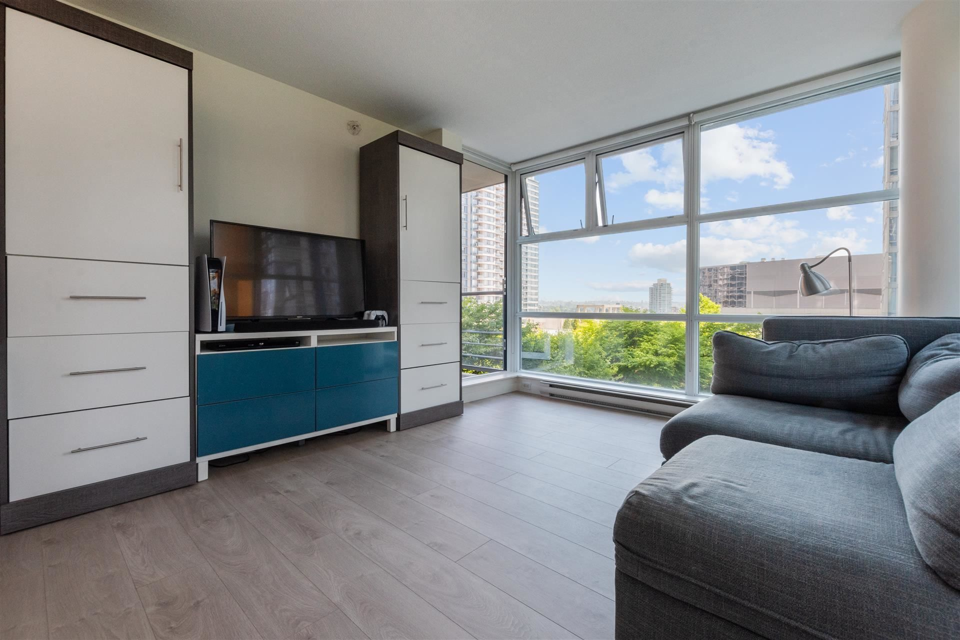 """Main Photo: 501 602 CITADEL Parade in Vancouver: Downtown VW Condo for sale in """"SPECTRUM"""" (Vancouver West)  : MLS®# R2597668"""