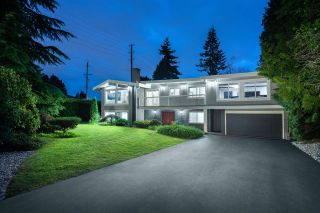 Photo 1: 802 CRESTWOOD DRIVE in Coquitlam: Harbour Chines House for sale : MLS®# R2414824