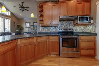Photo 10: 827 Pintail Pl in : La Bear Mountain House for sale (Langford)  : MLS®# 877488