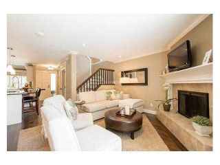 """Photo 4: 4687 HOSKINS Road in North Vancouver: Lynn Valley Townhouse for sale in """"Yorkwood Hills"""" : MLS®# V1130189"""