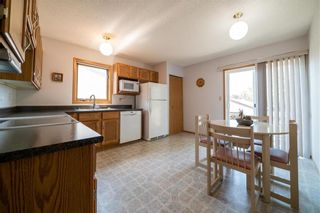 Photo 9: 579 Paddington Road in Winnipeg: River Park South Residential for sale (2F)  : MLS®# 202009510