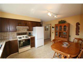 Photo 16: 421 HUNTINGTON Way NE in Calgary: Huntington Hills House for sale : MLS®# C4034997