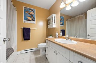 Photo 9: 2876 Ulverston Ave in : CV Cumberland House for sale (Comox Valley)  : MLS®# 879581
