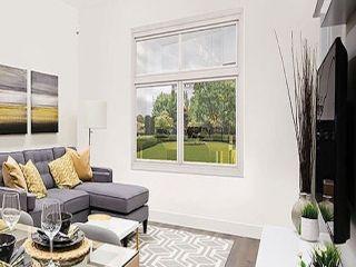 Photo 4: 307 15351 101 Avenue in Surrey: Guildford Condo for sale (North Surrey)  : MLS®# R2333314