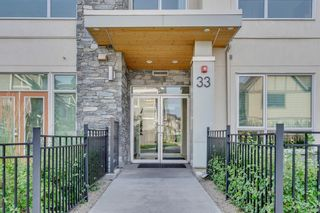 Photo 4: 201 33 Burma Star Road SW in Calgary: Currie Barracks Apartment for sale : MLS®# A1070610