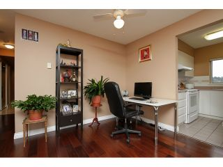 """Photo 4: 1405 9623 MANCHESTER Drive in Burnaby: Cariboo Condo for sale in """"STRATHMORE TOWERS"""" (Burnaby North)  : MLS®# V1053890"""