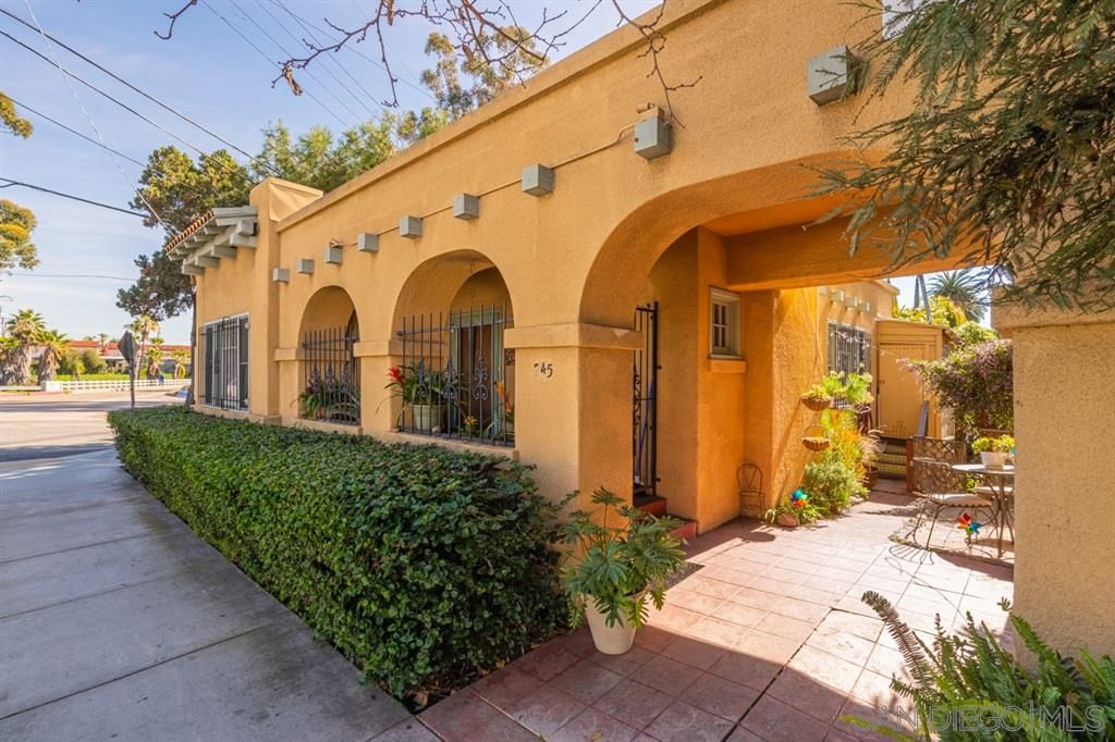 Main Photo: HILLCREST Property for sale: 745 Robinson Ave in San Diego