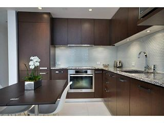 Photo 2: 2307 1028 BARCLAY Street in Vancouver: West End VW Condo for sale (Vancouver West)  : MLS®# V981090