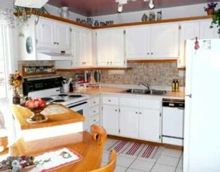 Photo 3: 370 BRAE GLEN Crescent SW in CALGARY: Braeside Braesde Est Townhouse for sale (Calgary)  : MLS®# C3358927