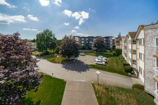 """Photo 17: 312 5710 201 Street in Langley: Langley City Condo for sale in """"WHITE OAKS"""" : MLS®# R2387162"""