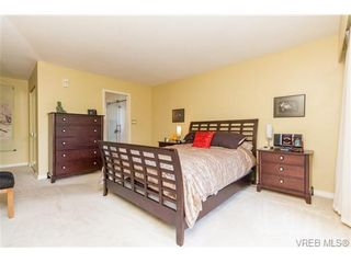 Photo 12: 201 2930 Cook St in VICTORIA: Vi Mayfair Condo for sale (Victoria)  : MLS®# 707990