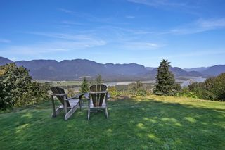 "Photo 19: 43228 HONEYSUCKLE Drive in Chilliwack: Chilliwack Mountain House for sale in ""Chilliwack Mountain Estates"" : MLS®# R2400536"
