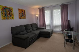 Photo 7: 147 Midbend Place SE in Calgary: Midnapore Row/Townhouse for sale : MLS®# A1041625