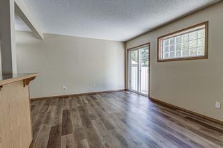 Photo 15: 17 Eversyde Court SW in Calgary: Evergreen Row/Townhouse for sale : MLS®# A1120200