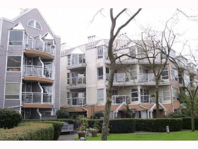 "Main Photo: 213 2010 W 8TH Avenue in Vancouver: Kitsilano Condo for sale in ""AUGUSTINE GARDENS"" (Vancouver West)  : MLS®# V816532"