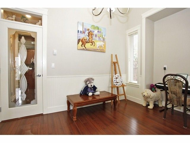 Photo 4: Photos: 9730 153A Street in Surrey: Guildford House for sale (North Surrey)  : MLS®# F1409130