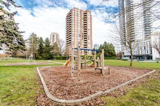 "Photo 2: 1006 4350 BERESFORD Street in Burnaby: Metrotown Condo for sale in ""CARLTON ON THE PARK"" (Burnaby South)  : MLS®# R2336332"