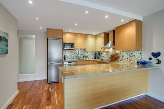 Photo 7: 209 1490 PENNYFARTHING DRIVE in Vancouver: False Creek Condo for sale (Vancouver West)  : MLS®# R2560559