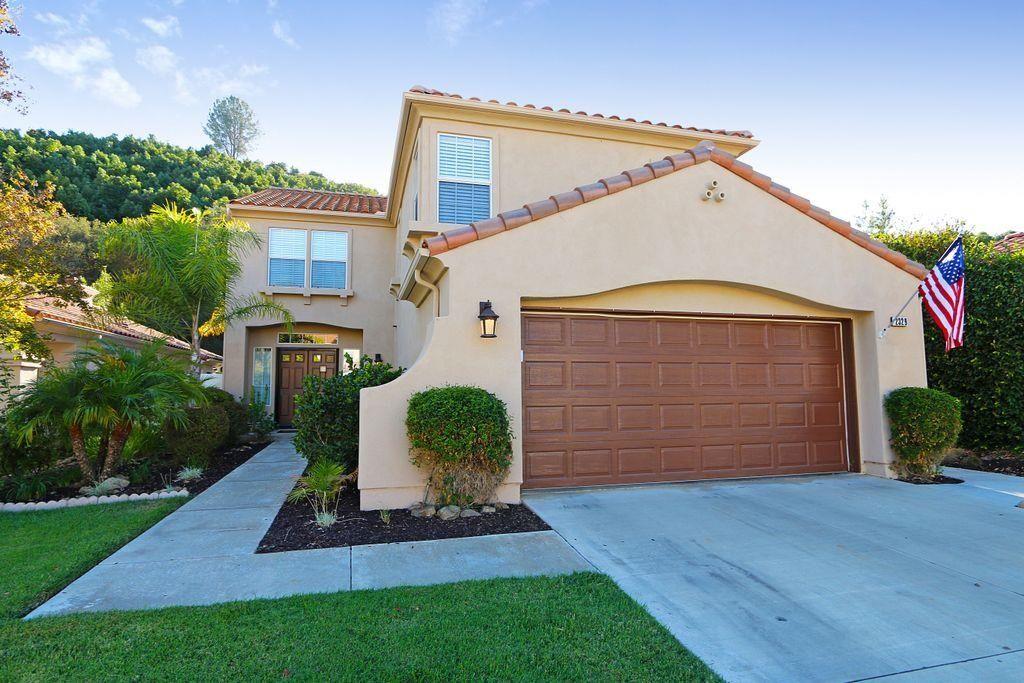 Photo 1: Photos: EAST ESCONDIDO House for sale : 5 bedrooms : 2329 fallbrook in Escondido