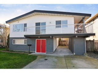 Photo 1: 26864 27TH Avenue in Langley: Aldergrove Langley House for sale : MLS®# F1433361