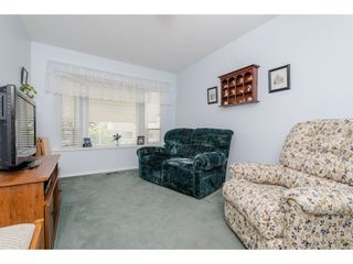 """Photo 3: 50 3054 TRAFALGAR Street in Abbotsford: Central Abbotsford Townhouse for sale in """"Whispering Pines"""" : MLS®# R2183313"""
