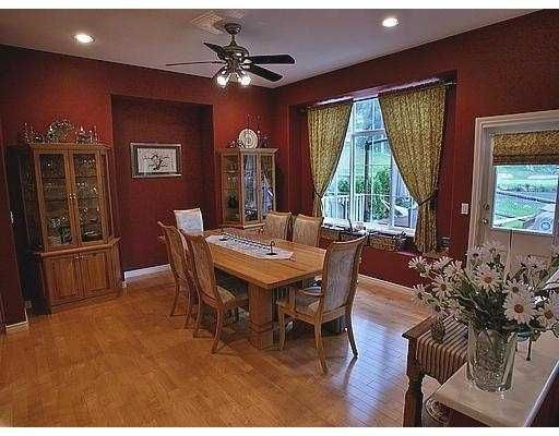 Photo 3: Photos: 3321 CHARTWELL GREEN BB in Coquitlam: Westwood Plateau House for sale : MLS®# V586242