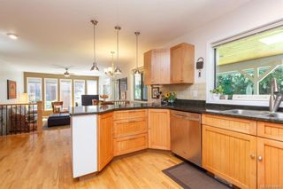 Photo 16: 8714 Forest Park Dr in North Saanich: NS Dean Park House for sale : MLS®# 844492