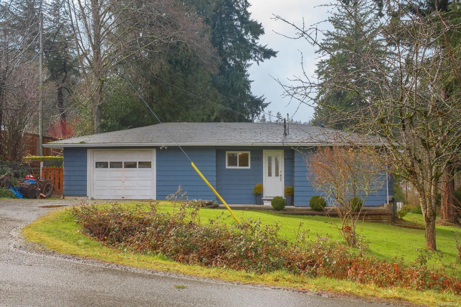 Main Photo: 2390 Church Rd in : Sk Broomhill House for sale (Sooke)  : MLS®# 867034