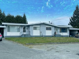 Photo 1: 2187 SANDALWOOD Crescent in Abbotsford: Central Abbotsford Duplex for sale : MLS®# R2545959
