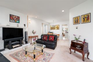 Photo 4: 4503 NANAIMO Street in Vancouver: Victoria VE House for sale (Vancouver East)  : MLS®# R2578646