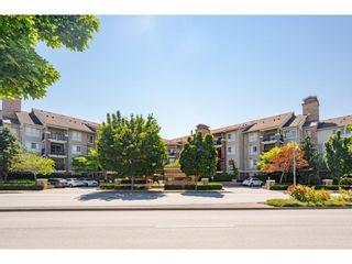 "Photo 2: 302 8915 202 Street in Langley: Walnut Grove Condo for sale in ""Hawthorne"" : MLS®# R2597189"