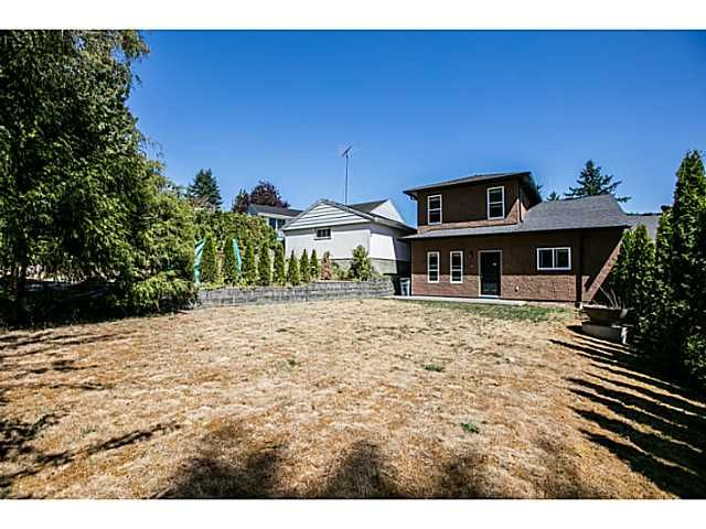 Photo 17: Photos: 7979 MCGREGOR Avenue in Burnaby: South Slope 1/2 Duplex for sale (Burnaby South)  : MLS®# V1137815
