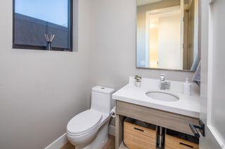 Photo 12: ENCINITAS House for sale : 5 bedrooms : 307 La Mesa Ave