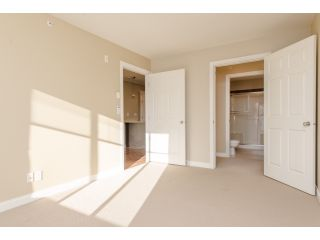 """Photo 14: 412 5438 198 Street in Langley: Langley City Condo for sale in """"CREEKSIDE ESTATES"""" : MLS®# R2021826"""