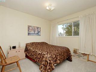 Photo 13: 982 Glenview Pl in VICTORIA: La Glen Lake House for sale (Langford)  : MLS®# 814984