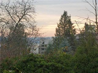 Photo 3: 1430 HAYWOOD Avenue in West Vancouver: Ambleside House for sale : MLS®# V921662