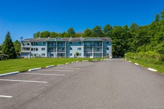 Photo 2: 303 2730 S Island Hwy in : CR Willow Point Condo for sale (Campbell River)  : MLS®# 877067