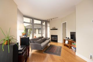 """Photo 4: 201 2965 FIR Street in Vancouver: Fairview VW Condo for sale in """"Crystle Court"""" (Vancouver West)  : MLS®# R2582689"""