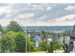 "Photo 24: 16 19938 70 Avenue in Langley: Willoughby Heights Townhouse for sale in ""CREST"" : MLS®# R2493488"