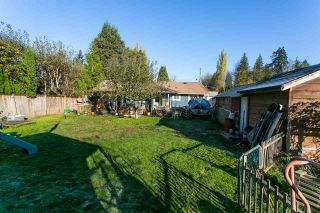 """Photo 3: 33906 VICTORY Boulevard in Abbotsford: Central Abbotsford House for sale in """"Alexander Elem"""" : MLS®# R2317015"""