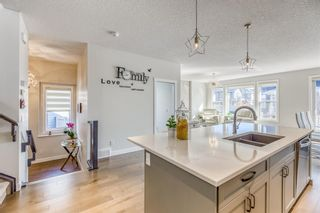 Photo 6: 32 West Grove Place SW in Calgary: West Springs Detached for sale : MLS®# A1113463
