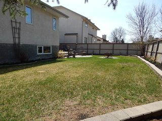 Photo 26: 59 Olford Crescent in Winnipeg: House for sale : MLS®# 1811407