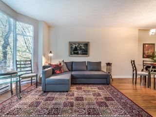 """Photo 14: 107 2628 ASH Street in Vancouver: Fairview VW Condo for sale in """"Cambridge Gardens"""" (Vancouver West)  : MLS®# R2626002"""