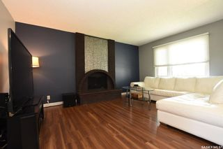 Photo 3: 42 Greenwood Crescent in Regina: Normanview West Residential for sale : MLS®# SK773108